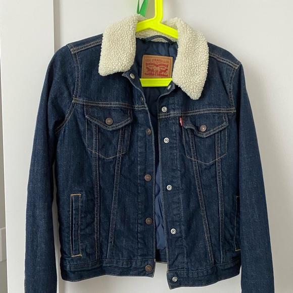Levi's Sherpa Collar Jacket - size S